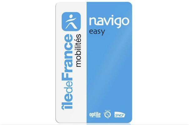 """巴黎地铁推""""轻松通游卡""""Navigo Easy 将实现扫码乘车"""