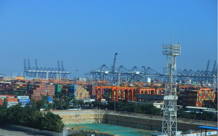 中远海运携手中国移动 发力5G智慧港口建设