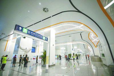 北京地铁大兴机场线首试刷脸进站 但需先线上购票