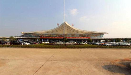 建行搭建的衡阳南岳机场无感支付智慧停车项目正式启用