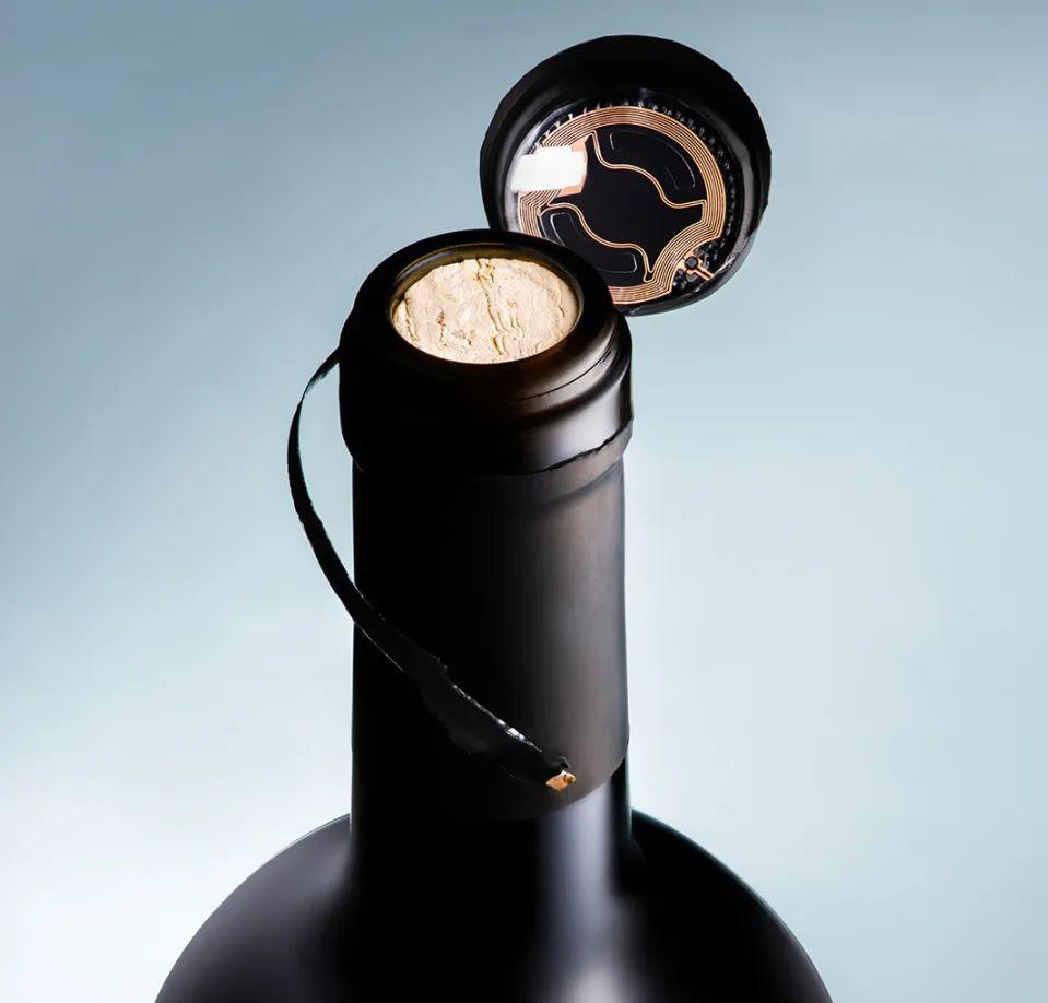 智能防篡改瓶盖,助力葡萄酒和烈酒行业免受假酒侵害