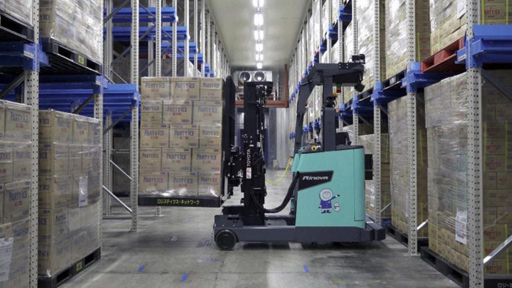 丰田旗下一叉车公司在冷冻仓库测试自动仓储机器人
